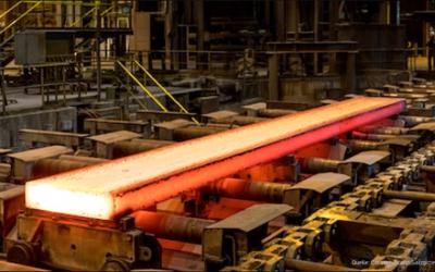 Salzgitter produziert erste grüne Stahlbramme