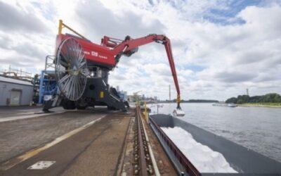 Umweltfreundliche Salz-Transportflotte auf dem Rhein