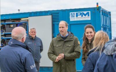 Königlicher Besuch beim Brennstoffzellen-Kraftwerk von Proton Motor