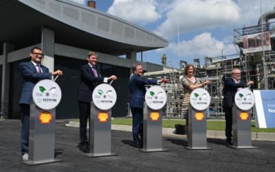 Shell nimmt PEM-Elektrolyseur in Betrieb