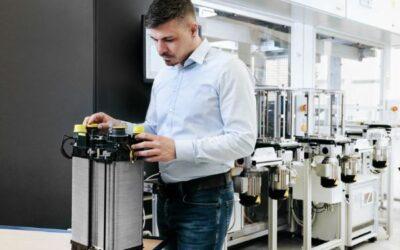 HyFaB-Projekt: Herstellerunabhängiger Brennstoffzellenstack nimmt Gestalt an